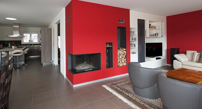 Deco mur salon rouge for Salon quel mur peindre